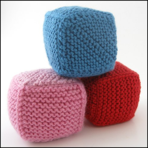 Free Pattern. Two Seam Cube – Hints and Tips