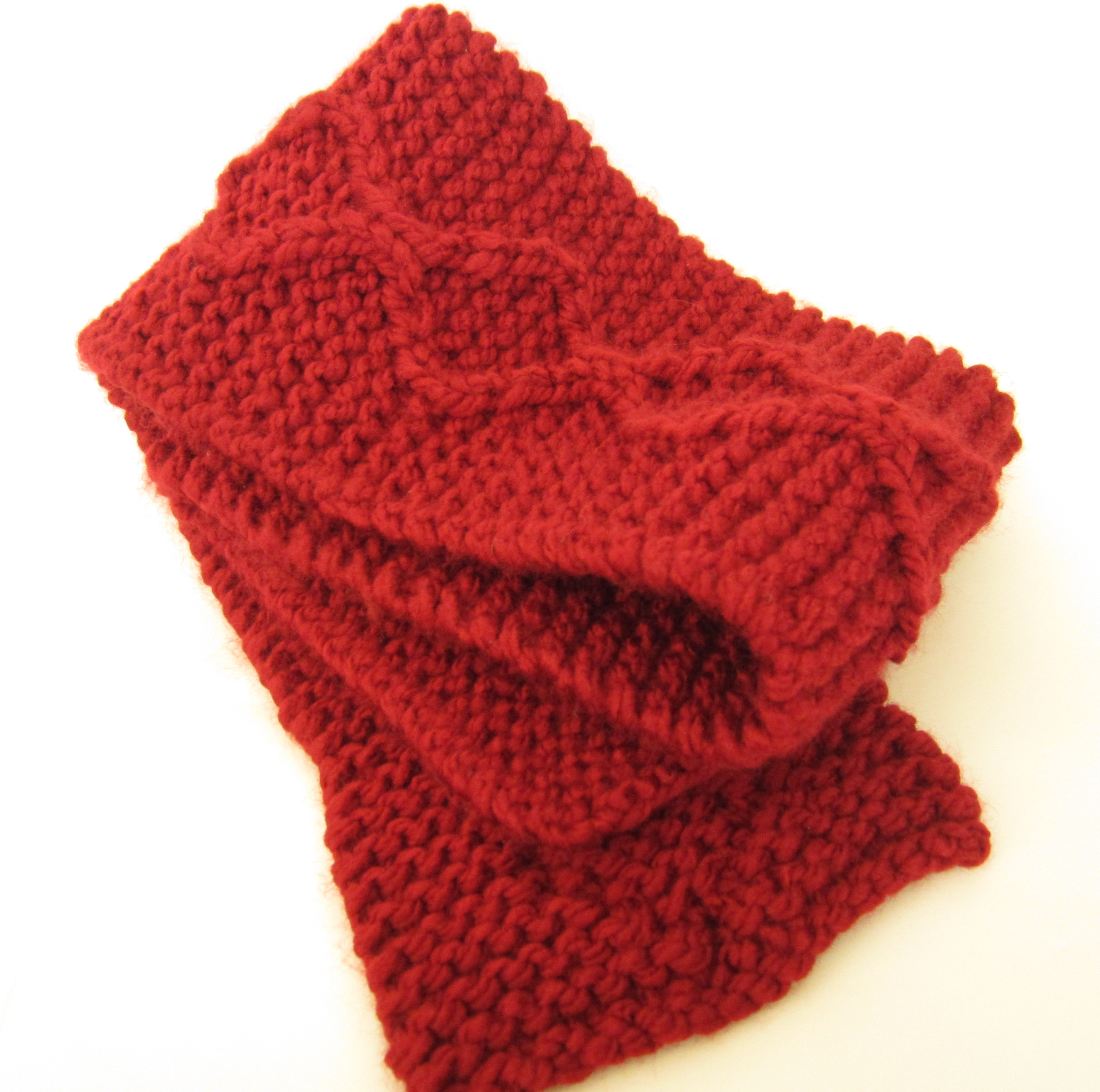 Fast Knit Scarf Pattern : Quick Free Knitting Pattern   Chunky Cable Scarf